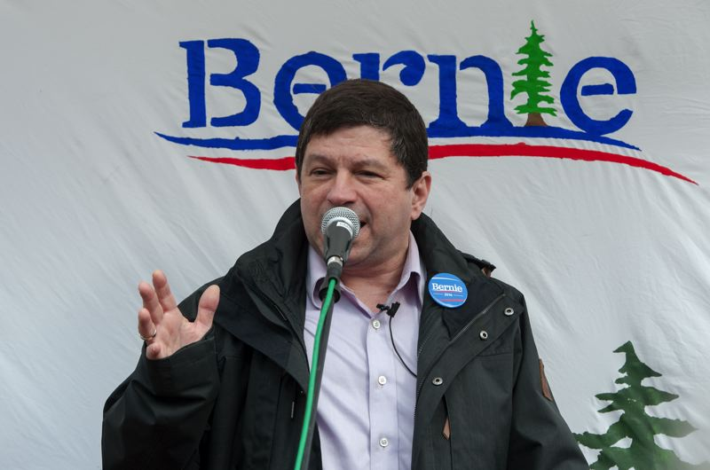 TRIBUNE PHOTO: DIEGO DIAZ - Portland City Commissioner Steve Novick also told the crowd that he has long been a fan of Sen. Bernie Sanders.