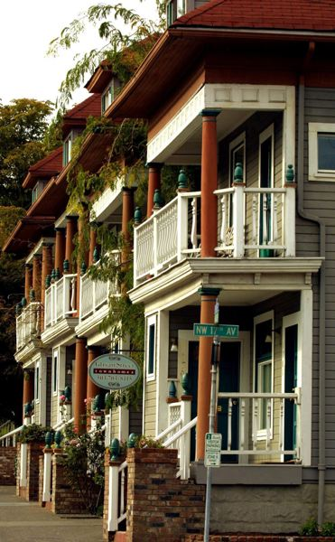 PORTLAND TRIBUNE FILE PHOTO - Row houses like these historic ones in Northwest Portland cannot legally be built in many neighborhoods today.