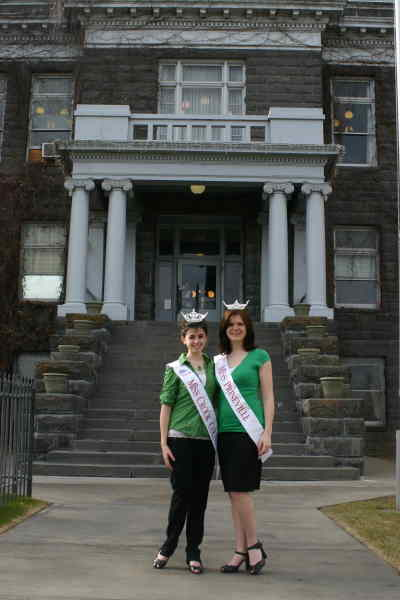 by: Kevin Gaboury/CENTRAL OREGONIAN - Miss Crook County Joanna Knower (left) and Miss Prineville JoBeth Hamon (right) pose in front of the Crook County Courthouse.