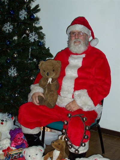 by: CONTRIBUTED PHOTO - Santa will be on hand at the Eagles free breakfast.