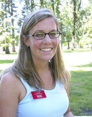 "by: Nancy Townsley, Pacific University junior Emily Hobizal is coordinating 2006-07 freshmen orientation and organizing this month's ""Sprucing Up the Grove"" effort."
