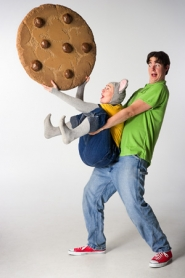 "by: ©2006 OWEN CAREY, See what can happen when rodents and baked goods mix in Oregon Children's Theatre's ""If You Give a Mouse a Cookie,"" starring Kerry Ryan (mouse) and Matt Haynes."
