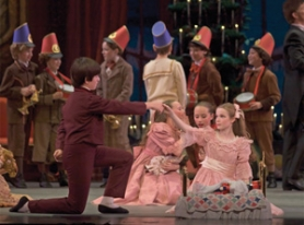 "by: ©2006 BLAINE TRUITT COVERT, With the entire cast made up of Oregon Ballet Theatre dancers, apprentices and students, this ""Nutcracker"" gets everyone involved — and enthralled — in the Sugarplum Fairy's story."