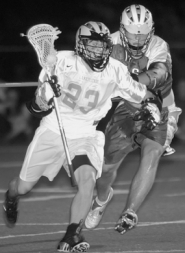 by: Vern Uyetake, REVIEW PHOTO / VERN UYETAKE