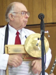 "by: Bob Schoenberg, Bill ""Dr. Jazz"" Fetsch pictured at a concert in King City in 2005. Dr. Jazz died Monday, March 5, at his home in the Highlands neighborhood near King City."