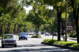 by: Jonathan House, A stretch of Southwest  Macadam Avenue could be used for a proposed Portland to Lake Oswego streetcar, under recommendations from two groups.