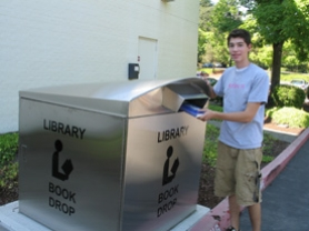by: Lake Oswego Library, 
