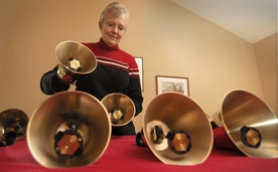 by: Vern Uyetake, Nancy Hascall does just about everything with handbells that you would possibly want to do — player, director, composer, teacher, recording artist, and author. Her brilliance at handbells has taken her all over the United States and to many foreign countries.