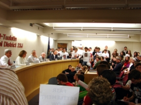 by: Jennifer Clampet, THE LAST STAND — About 250 people — teachers, parents and students from Tigard High School — crowd into the Tigard-Tualatin School Board meeting room Thursday in a demonstration of support for a fair contract for the district's teachers.