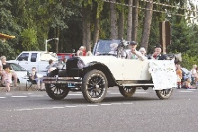 "by: Lloyd Woods, Frank Marcy proudly rode in the back seat of the Cascadia Village entry in the 2007 Sandy Mountain Festival Parade as one of the facility's ""royal"" residents. Marcy enjoyed living at Cascadia, and in his last days distributed crossword puzzles to friends."