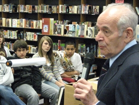 by: Ray Pitz, Alter Viener answers questions from Mountain View Middle School students.