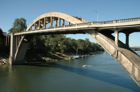 by: file photo, New weight restrictions on the arch bridge between Oregon City and West Linn will prohibit TriMet buses.