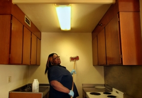 by: L.E. BASKOW, Claudene Stewart, with the Housing Authority of Portland's maintenance department, scrubs the walls of an apartment unit formerly occupied by a heavy smoker. Letter writers weigh in on the Housing Authority's new ban on smoking in its apartments.