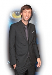 by: Kevin Winter, 