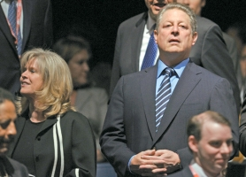 by: PAUL J. RICHARDS, Former U.S. Vice President Al Gore and his wife Tipper Gore (left) announced they were ending their 40-year marriage on June 1. Two days later, the massage therapist told Portland police she planned to take her story to the media.