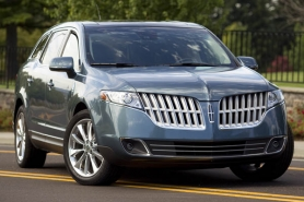 by: CHRISTOPHER ONSTOTT, Bold looks, sporty handling and twin-turbo power make the 2010 Lincoln MKT a real contender in the large premium SUV market segment.