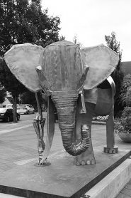 by: Submitted Photo Alisa Formway Roe will be a notable artist at the 2011 Lake Oswego Festival of the Arts. her sculpture,
