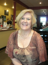 by: Cliff Newell Linda Neace, the owner of Bullseye Coffee in West Linn and the president of the West Linn Chamber of Commerce, was injured in an auto accident March 13. As she recovers her family will be operating her coffee shop.