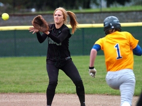 by: DAN BROOD SUPER AT SHORT — Tigard High School senior shortstop Erin Nyberg, shown here in a game from last season, looks to be one of the key returnees for the Tigers this year.