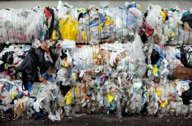 by: Christopher Onstott At Hillsboro's Far West Fibers plant, plastic bags improperly added to household recycling often jam up equipment and must be pulled out by hand. Letter writers weigh in on the pros and cons of Oregon's proposed ban on plastic bags at grocery stores.