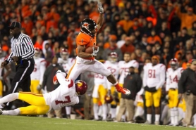 by: CHRISTOPHER Onstott Jacquizz Rodgers, carrying last season against USC, is happy with his fifth-round selection in the NFL draft because he's going to a playoff team, the Atlanta Falcons.