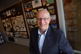 by: VERN UYETAKE Lake Oswego Chamber of Commerce CEO Jerry Wheeler is heading off to a new position in Huntington Beach, Calif.