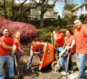 by: Elizabeth Ussher Groff Woodstock KeyBank employees closed their bank for the company's annual half-day of community service. Hauling and spreading gravel at the Martha & Mary Home in Woodstock are, from left, Jeff Engle, Laura Carter, Amber Koens, Jeff Barger (the Woodstock Branch Manager), Toni Mendez, and Israel Perez-Vazquez.