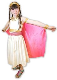 by: Jaime Valdez Elsie Bradford shows off her Egyptian attire after an Art Literacy lesson inside a pyramid.