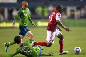by: Christopher Onstott Darlington Nagbe (right) of the Portland Timbers weaves through the Seattle Sounders in a road match last month. The Timbers have yet to break through in winning fashion away from Jeld-Wen Field, but they can do so Saturday at FC Dallas.