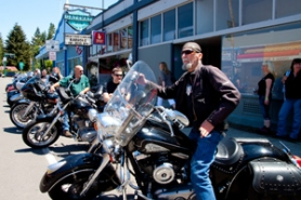 by: Alana Kansaku-Sarmiento The Gateway Pub, known as a hangout spot for motorcyclists, is the starting and ending point for Sandy's 10th annual Ride 4 Hospice.