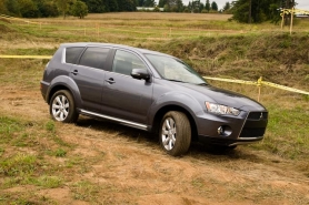 by: NORTHWEST AUTOMOTIVE PRESS ASSOCIATION The Outlander GT A-AWC impressed many seasoned automotive writers at the annual Mudfest competition that tested SUVs both on and off the road.