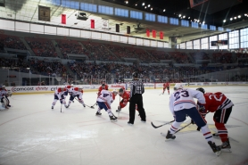 by: COURTESY OF PORTLAND WINTERHAWKS On Friday, Nov. 25, the arena curtains were opened at Memorial Coliseum for a rare daylight game between the Portland Winterhawks and Spokane Chiefs. An announced crowd of 7.065 saw the Hawks win 5-3.