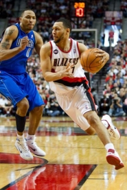 by: Christopher Onstott Blazers' point guard Brandon Roy said early Saturday morning that he was retiring because of injuries to his knees. The bad news was just one of several setbacks for Portland's NBA team.