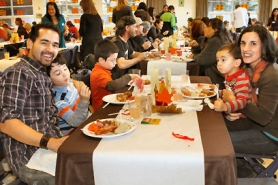 by: David F. Ashton The Sommer family – dad Joel, Johathan and Nico and Isaac, and mom Sabrina – say they enjoy celebrating Thanksgiving with the whole community.