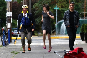 "by: Jaime Valdez Fred Armisen and Carrie Brownstein, shown here filming a scene from ""Portlandia"" with actor Kyle MacLachlan (left), will bring the show to a live audience Dec. 27 at Hollywood Theatre."