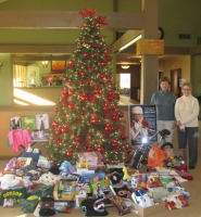 by: Barbara Sherman BOUNDLESS GENEROSITY — Washington County foster care program kids had a merry Christmas thanks to Kathy Peper (left), organizer of the Summerfield giving tree program, who got help from friends like Bette Ederer.