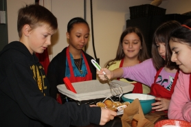 by: Lori Hall Leadership students recently opened a cafe at Bolton Primary. From left, Dylan Burch, Camille Whitehouse, Mira Henry, Kaylee Hawkins and Izzy Kreske put together the morning offerings.