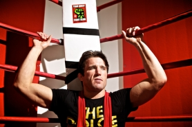 by: JAIME VALDEZ, READY TO RUMBLE — Chael Sonnen relaxes following a training session at Team Quest in Tualatin. Sonnen will fight for the UFC middleweight world championship on July 7.