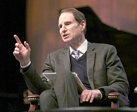 Photo Credit: TRIBUNE FILE PHOTO - U.S. Sen. Ron Wyden says the CIA intrusion into Senate computer files could warrant an investigation by a special prosecutor.