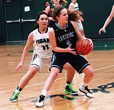 Photo Credit: DAN BROOD - Lakeridge freshman Laura Barton looks for a teammate to pass to during the Pacers' game against Tigard on Tuesday.
