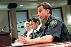 PORTLAND TRIBUNE FILE PHOTO - Mayor Charlie Hales replaced former Portland Police Chief Mike Reese with Assistant Chief Larry O'Dea in Octoner 2104.