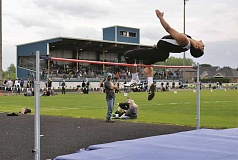 COURTESY PHOTO - Woodburn senior Noah Te set his personal record of 6-02.25 in the high jump at a home track meet on May 4. Te will be the Bulldogs' lone representative at the 2016 5A State Track and Field Championships after placing second in the high jump at the district meet on Thursday.