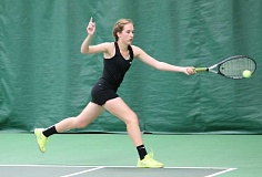 JIM BESEDA/MOLALLA PIONEER - Molalla senior Heather Loughridge won the girls' singles title at Saturday's Special District 2 tennis championships at Portland Tennis Center.