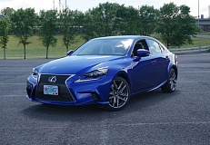 PORTLAND TRIBUNE: JEFF ZURSCHMEIDE - Lexus has taken sleek styling to a whole new level withe 2016 IS 200t. And it drives even better than it looks.