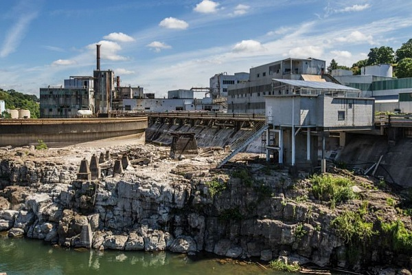 Pamplin media group news willamette falls developer owes 46000 in back taxes sciox Choice Image