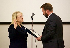 FILE PHOTO - City  Councilor Karylinn Echols, left, and Mayor Shane Bemis at City Hall.