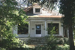 PHOTO COURTESY: OAK LODGE HISTORY DETECTIVES - After being named a Clackamas County Historic Landmark in 1987, the Philip T. Oatfield house has fallen into disrepair.