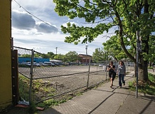 PORTLAND TRIBUNE: JONATHAN HOUSE - The lot at 1015 N.W. 16th Ave., a 128-unit project by KOZ Development, is valued at $7.7 million and was submitted for permit on Feb. 6. KOZ Development is also listed on a Block 204 development submitted in April, valued at $4 million with 87 units.