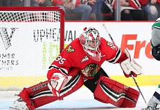 Michael Bullion made 32 saves in Wednesday's Winterhawks win.