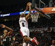 TRIBUNE FILE PHOTO: DAVID BLAIR - Gerald Henderson goes up for two points in a Trail Blazers game against Milwaukee. Now he's playing for the Philadelphia 76ers.